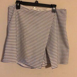 ModCloth white checkered skort size 1x